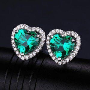 Jewelry - 8.5 Ct Heart Cut Green Emerald With Diamond Stud E